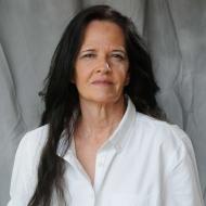 Deborah J Ledford